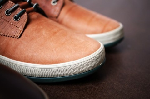Horween-Leather-x-Vans-02