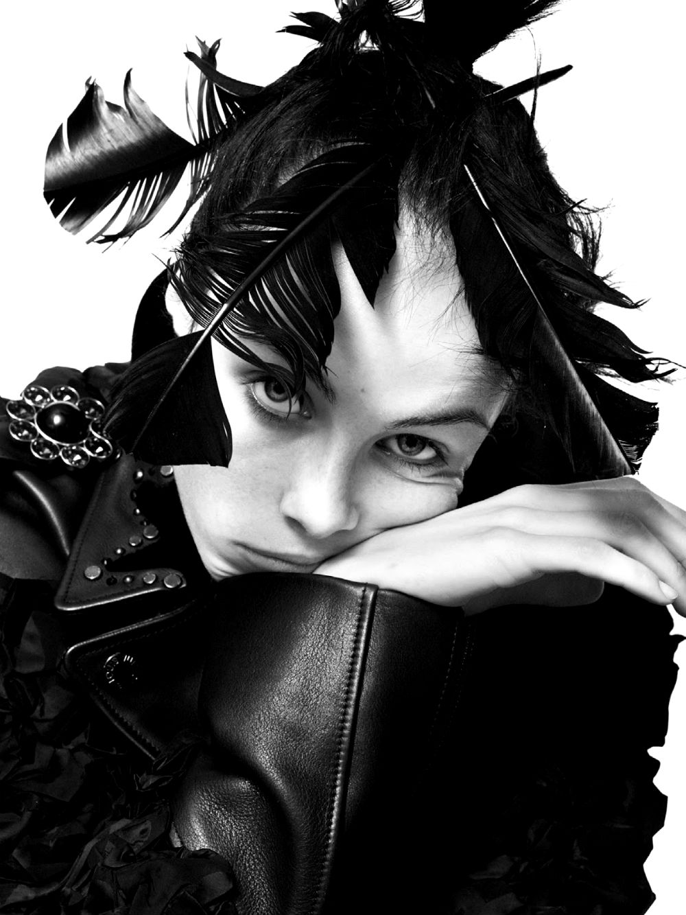 edie-campbell-by-david-sims-for-vogue-paris-december-2013-7